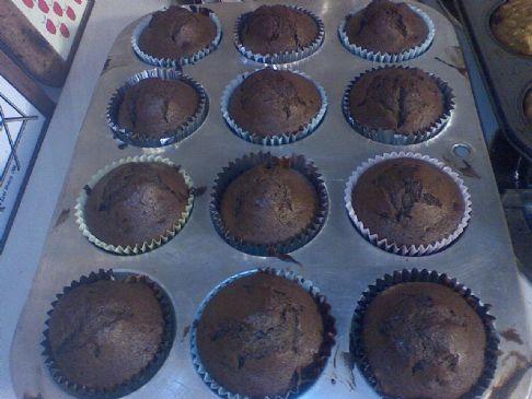 sour cream (or not) fudge quinoa cupcakes