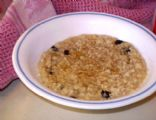 Quick Cinnamon Raisin Oatmeal
