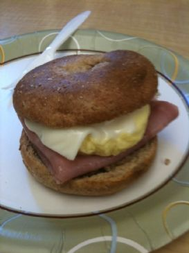 Bagel Breakfast Sandwich - Ham
