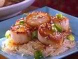 Pan Seared Scallops with Sesame Sauce
