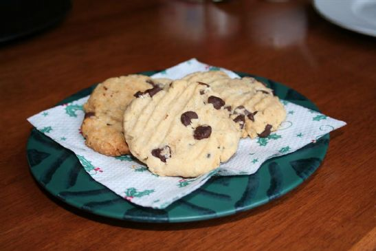 Perfect Chocolate Chip Cookies (No Eggs)