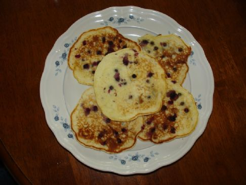 Light Blueberry Banana Pancakes
