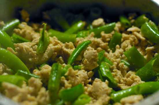 Ground Turkey with Snow Peas