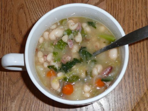 SPARKLYOLDBAG's Classic Ham and Bean Soup