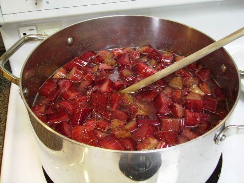 Rhubarb and Very Gingery Jam