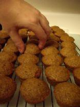 Fabulous Mini Oatmeal-Bran Cakes