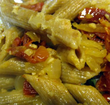 Whole Wheat Penne with Sun Dried tomatoes, Onion, Garlic and Olive Oil