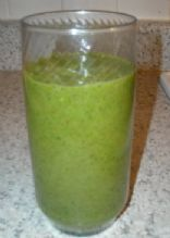 Green Smoothie - Spinach, Bananaa, & Strawberry