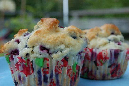 Moms wild blueberriy muffins