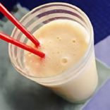 Apricot & banana soy smoothie