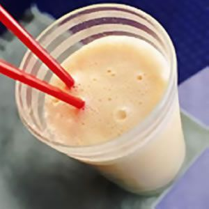 Image of Apricot & Banana Soy Smoothie, Spark Recipes