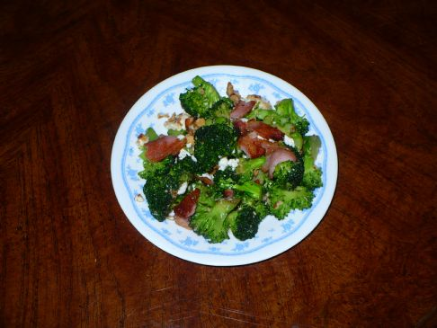 Broccoli with Almonds and Feta