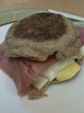 English Muffin Breakfast Sandwich - Ham