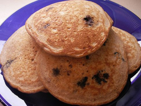 Whole Wheat Oatmeal Pancakes (w/ Blueberries)