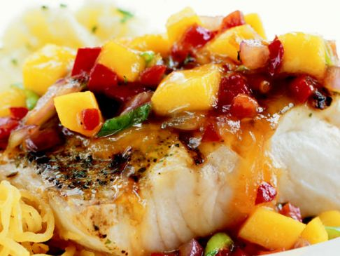 Mango craisins tomato salsa over mahi mahi for Mango salsa recipe for fish
