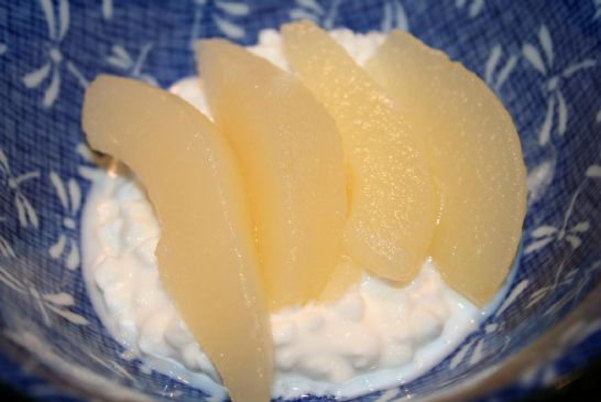Andi's Pears and Cottage Cheese Breakfast/Snack